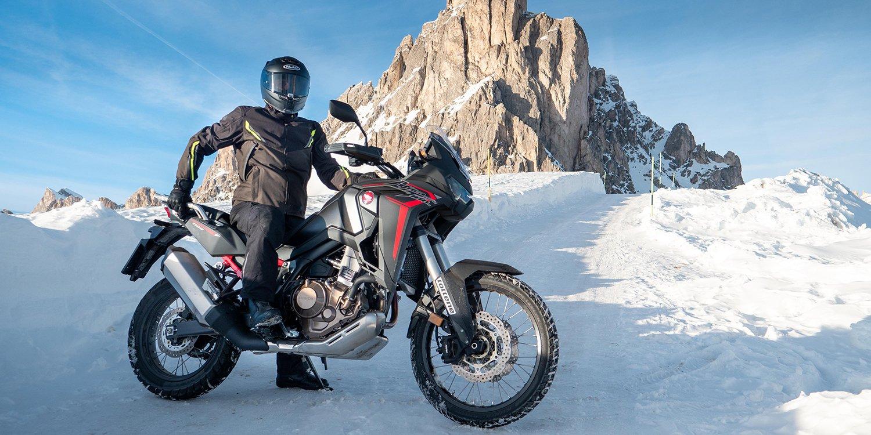 Hinterland-Lifestlye-3 Advanced Riderwear
