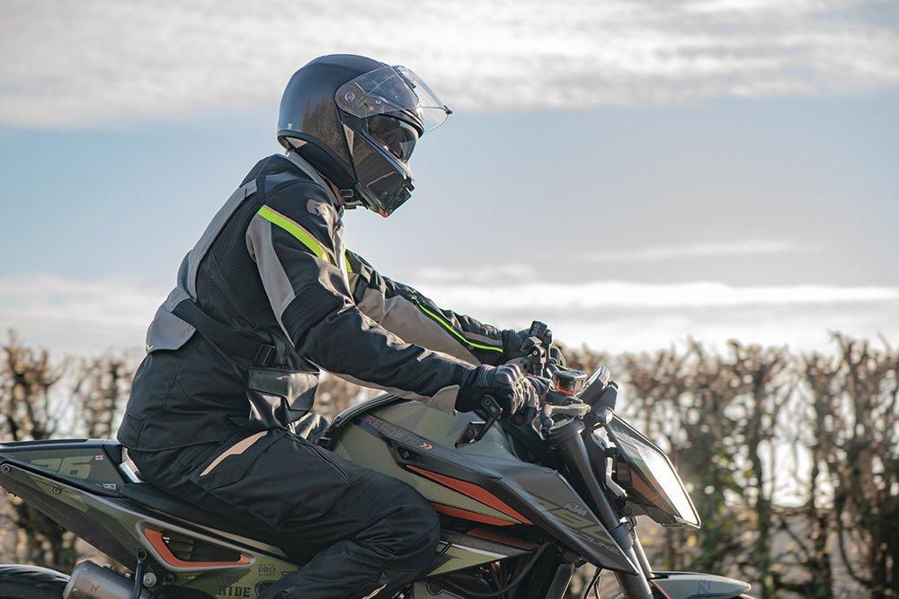 Montreal-4.0-Lifestyle-2020-026 Oxford Riderwear