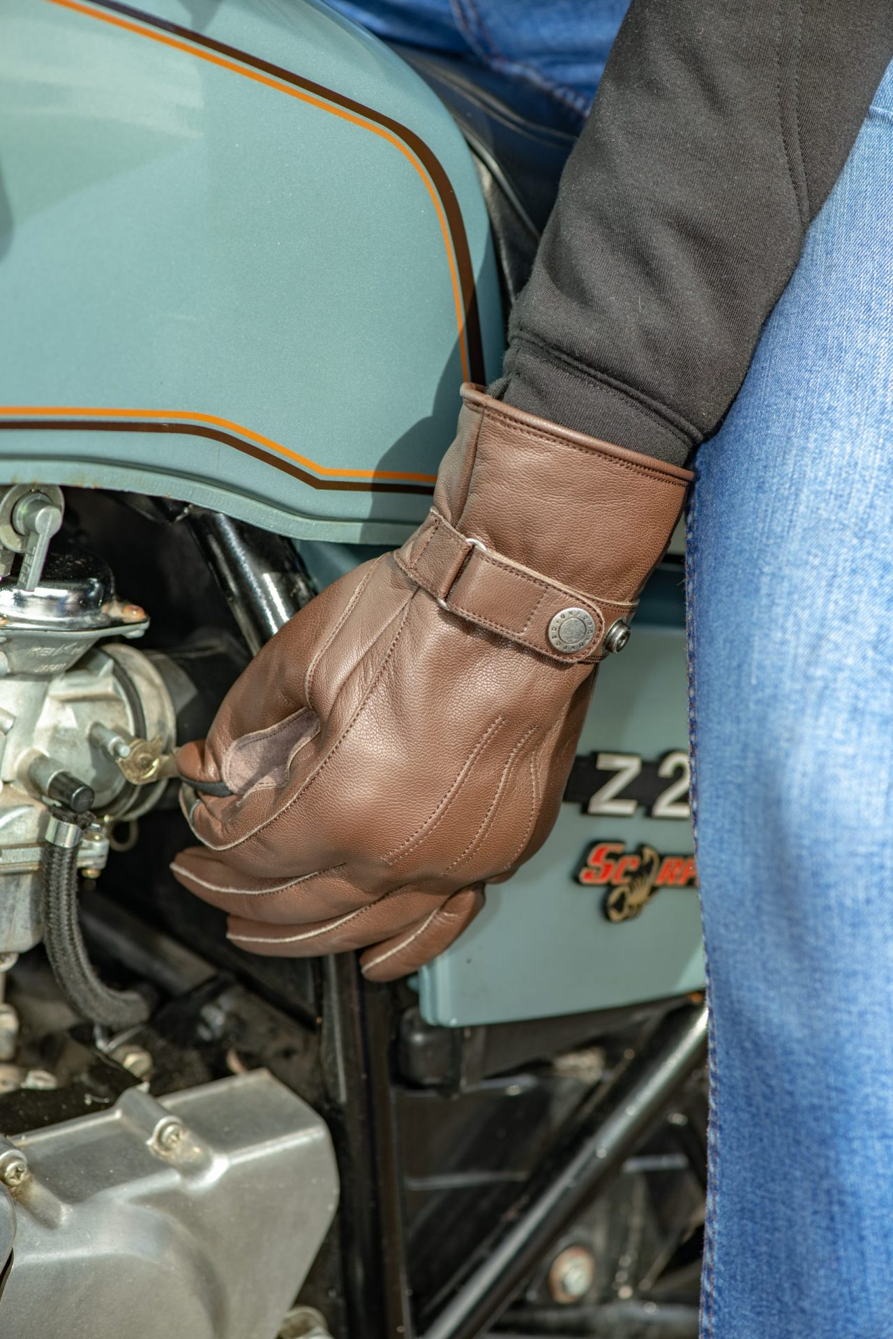 GM215102-Holton-2.0-MS-Glove-Brown-10-scaled Holton WP Dry2Dry™ Urban Gloves