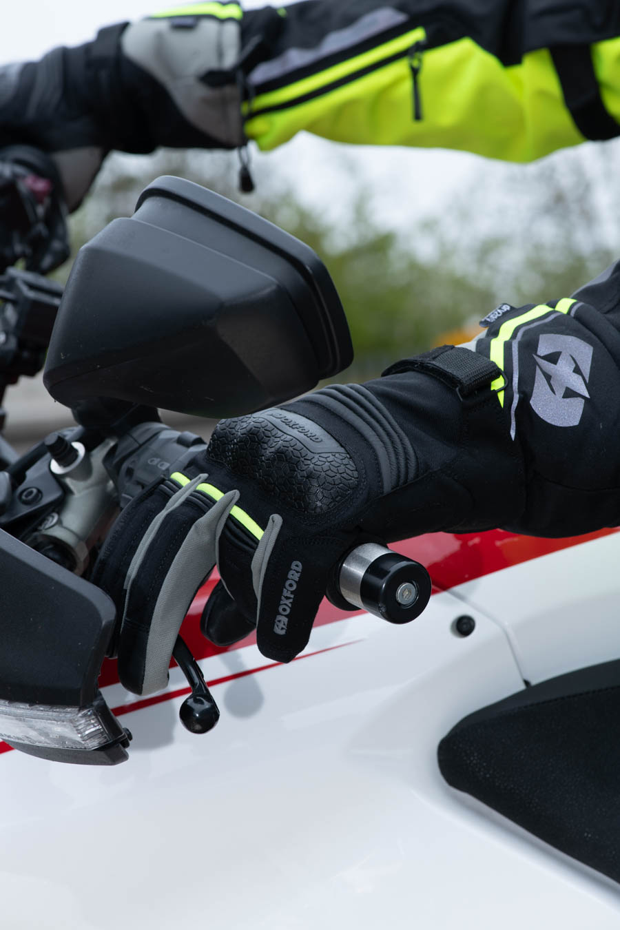 monteral-glove-extra-lifestyle-5 Montreal 4.0 Dry2Dry™ Gloves